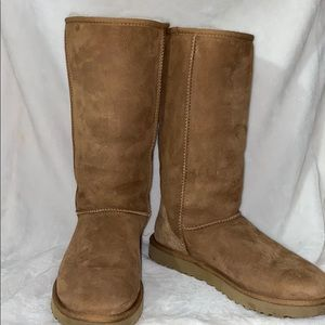 UGG classic tall boot in camel
